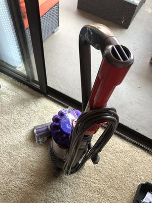 Dyson animal vacuum for Sale in Los Angeles, CA