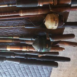 Vinatge Fishing Poles Lot for Sale in Phelan, CA