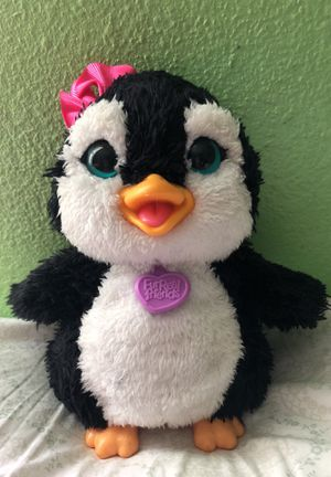 FurReal Friends Happy To see me Piper Pinguin Toy for Sale in San Fernando, CA