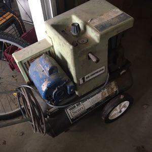 12 Gallon Air Compressor for Sale in St. Louis, MO