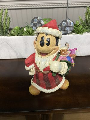 """Walt Disney showcase collection """"Toys to the world"""" for Sale in Fort Myers, FL"""
