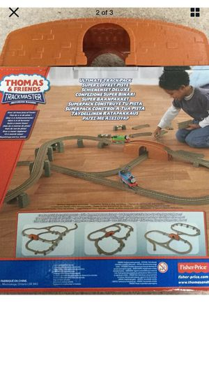 Thomas and Friends Ultimate track pack and Deluxe signal starter sets with trains for Sale in Marietta, GA