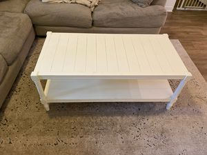 Coffee table for Sale in Boynton Beach, FL