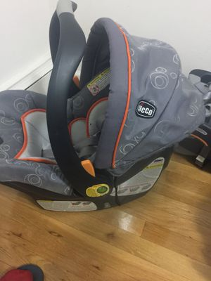 Chicco Infant Car Seat for Sale in Queens, NY
