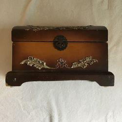 Jewelry Box for Sale in Buena Park,  CA