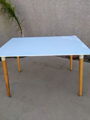 """White Table 42"""" for Sale in Henderson, NV"""