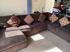 Sectional couches for Sale in Perris, CA