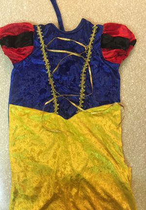 Snow White 0-6 months costume for Sale in Moreno Valley, CA