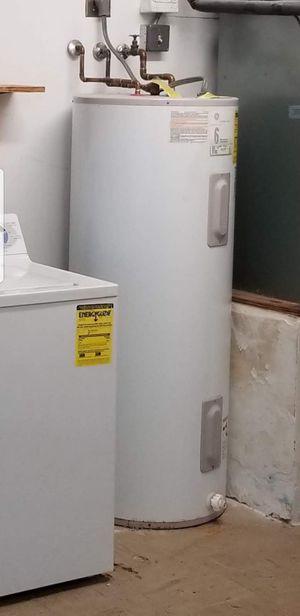 Water heater for Sale in Hallandale Beach, FL