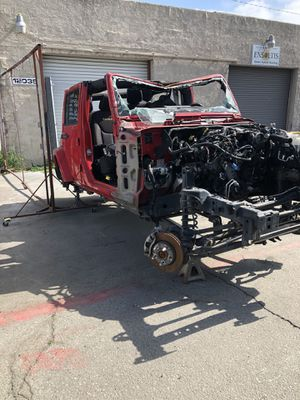 2014 Jeep Wrangler Sahara parting out Parts only for Sale in Downey, CA