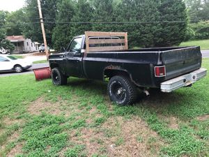 79 Chevy K 10 or original four-speed 354 bolt main runs perfect good work truck good plow truck for Sale in Vineland, NJ