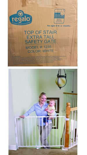 New Regalo top of stair extra tall safety gate ( white) for Sale in Fontana, CA