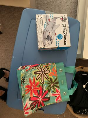Drink cooler inflatable plus beach bag all for $10 for Sale in San Jose, CA