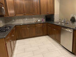 Busco personal para trabajo de limpieza ! for Sale in Goodyear, AZ