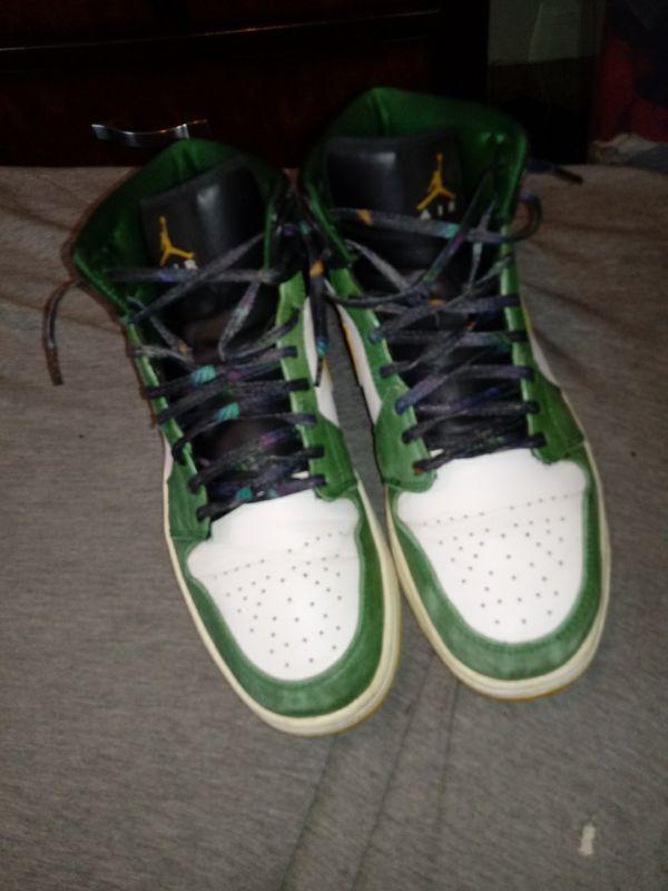 Jordan 1s need gone size 9 1/2