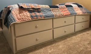 Twin bed with drawers for Sale in Kent, WA