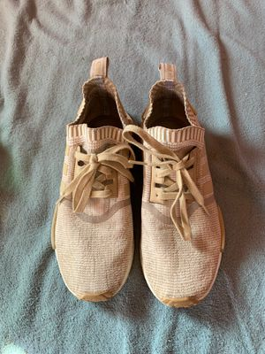 Nmd R1 pk Linen Khaki Size 9 for Sale in Brentwood, CA