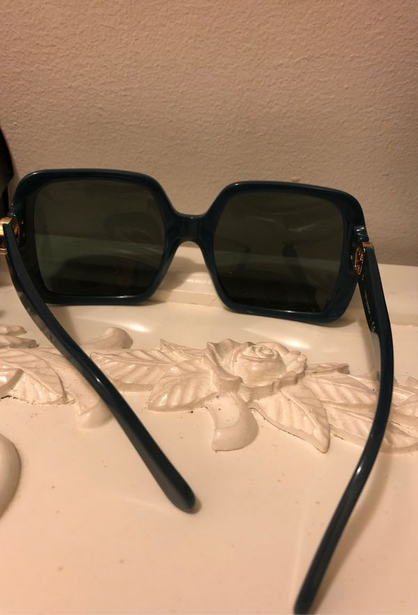 TORY BURCH-(AUTHENTIC)-BEAUTIFUL ODD/RARE TEAL SUNGLASSES
