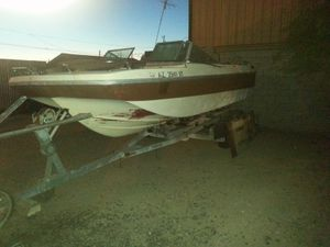 24 foot,tri hull merc.outdrive,351 motor for Sale in US
