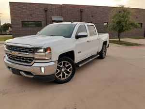 Chevy Silverado 2018 Lt Texas Edition for Sale in Grand Prairie, TX