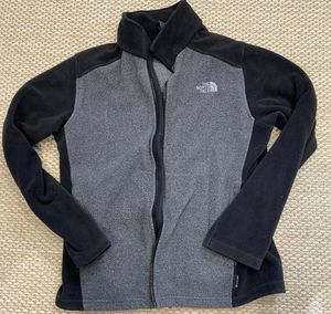 North Face Pull Over Gray Men Medium Fleece for Sale in El Paso, TX