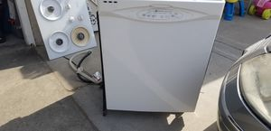 Maytag legacy series dishwasher for Sale in Fresno, CA