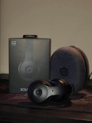 solo beats pro wireless for Sale in Brooklyn, NY