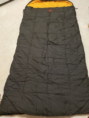 Coleman big and tall sleeping bag for Sale in Temple, GA