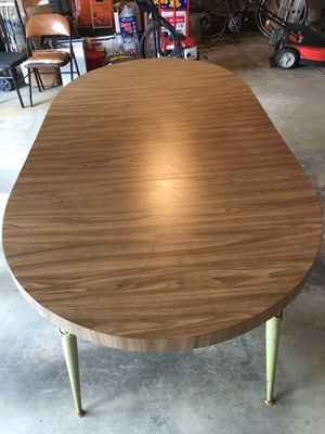 4-8 seater kitchen table. It has two leafs. for Sale in Seattle, WA