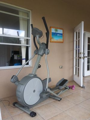 Universal Fitness Eliptical for Sale in Port St. Lucie, FL