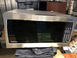 Microwave (huge) for Sale in Fairfax, VA