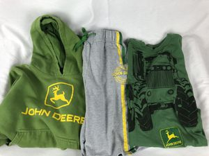 John Deere kids clothes lot - Size M -sweatshirt, T-shirt and shorts for Sale in Wadsworth, OH