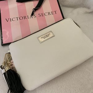 Victoria's Secret Clutch for Sale in Santa Maria, CA