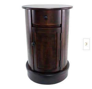 Vintage Cherry 1-Door and 1-Drawer End Table for Sale in Elkhart, IN