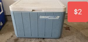 28 quart cooler for Sale in Beavercreek, OH