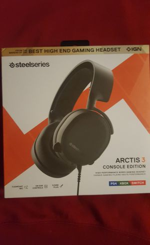 Steelseries Artis 3 pc - ps4 - xbox - cell phone headset gaming / music headphones for Sale in Bethel, CT