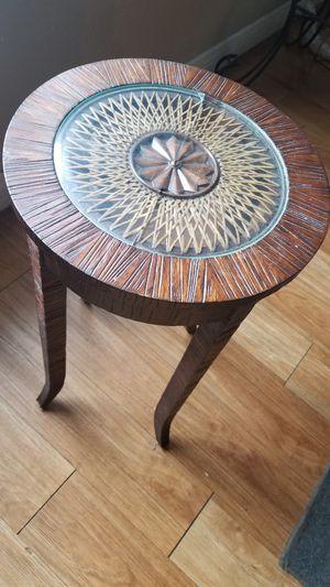 Ethan Allen designer end table for Sale in Denver, CO