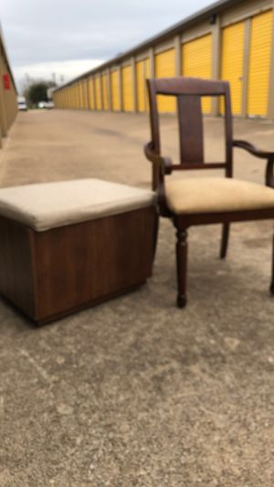 Chair & ottoman/storage for Sale in Mansfield, TX