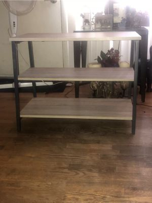 40 inch tv stand for Sale in Lansing, MI