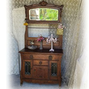 Antique 1800 cabinet, for Sale in Los Angeles, CA