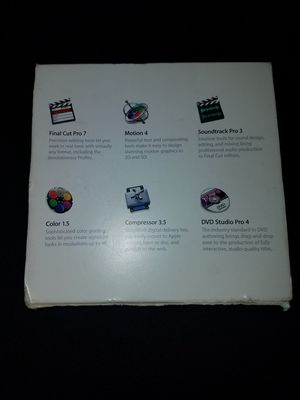 2010 Final cut pro 7 all discs and booklets included for Sale in Los Angeles, CA