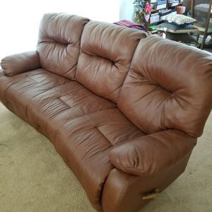 Leather Sofa/Couch w/Recliners for Sale in Tamarac, FL