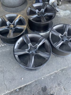 Chevy Camaro SS rims. $350 for Sale in Vacaville, CA