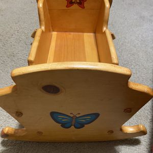 Baby Doll Cradle Bef for Sale in Triangle, VA