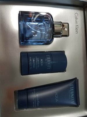 Eternity Calvin Klein perfume set for Sale in Arlington Heights, IL
