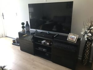 Tv & Stand + matching coffee table for Sale in Irvine, CA