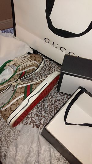 Gucci sneakers for sell for Sale in Fort Lauderdale, FL