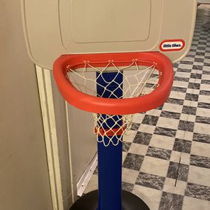 Little Tikes Basketball Hoop for Sale in Brooklyn, NY