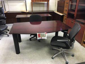 Paoli Desk and Credenza for Sale in Detroit, MI