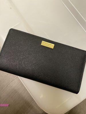 Kate spade wallet for Sale in Sacramento, CA
